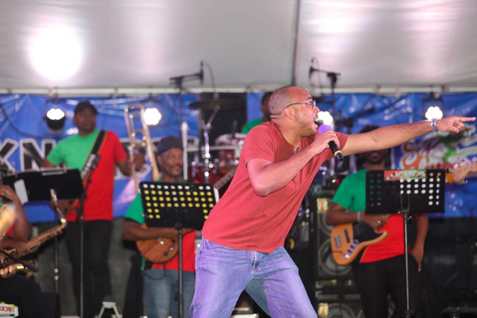Richards passes carnival baton to Powell - My Vue News